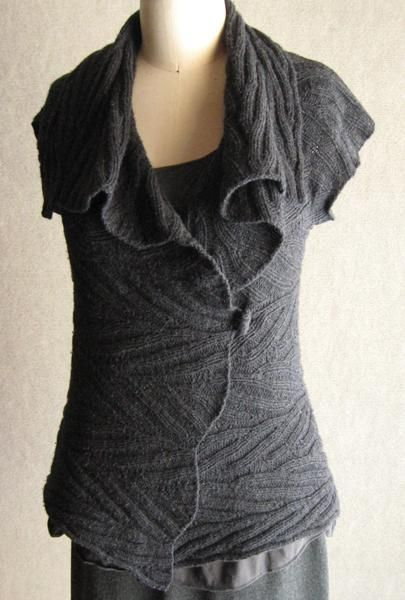 Adam's Ribs cap-sleeved wrap - via @Craftsy