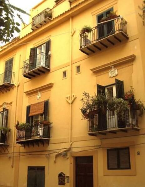 Balconies galore in Palermo Sicily
