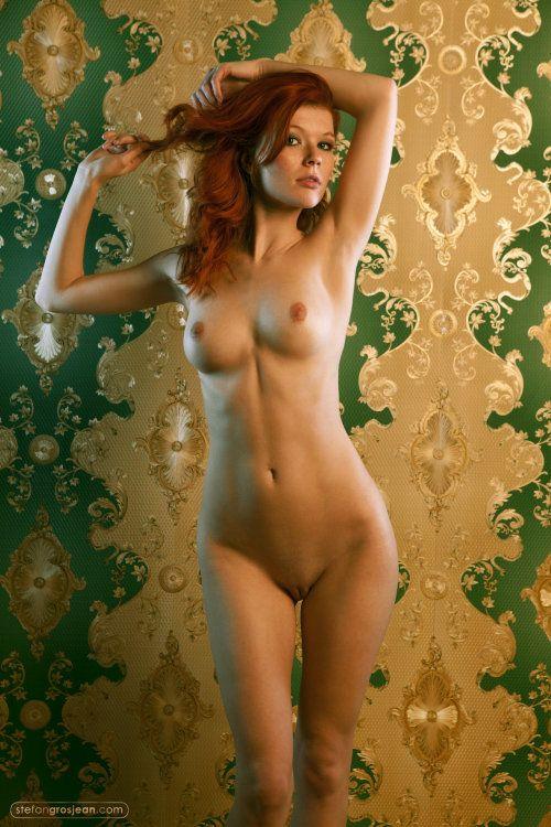 nude-spacewomen-cam-inside-vagina