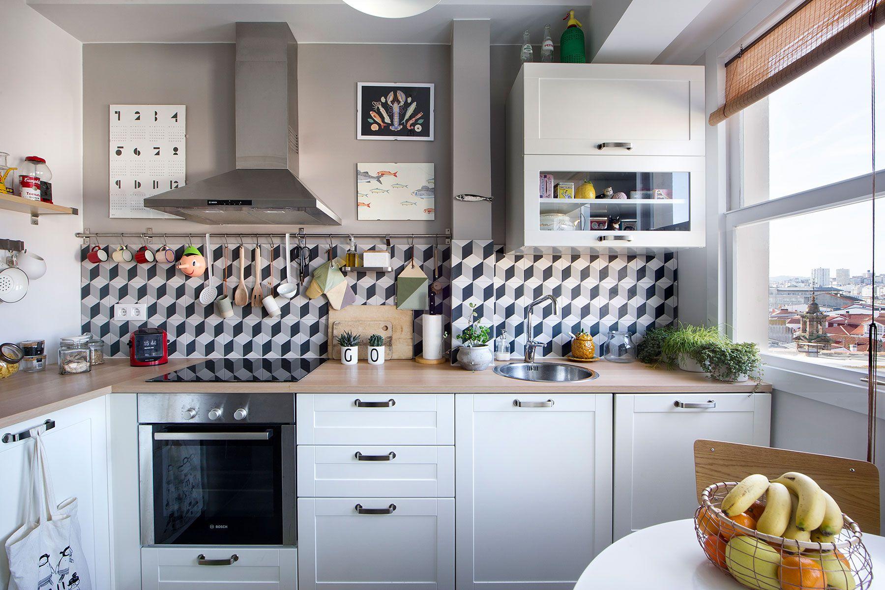 Refugio de luz en A CORUÑA | Kitchen / Cocina | Camas de ...