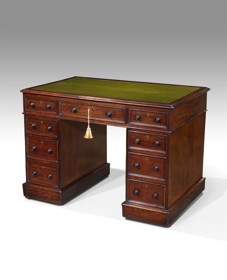 Small antique desk, pedestal desk, leather top desk : Antiques UK -  Georgian Furniture - Small Antique Desk, Pedestal Desk, Leather Top Desk : Antiques UK