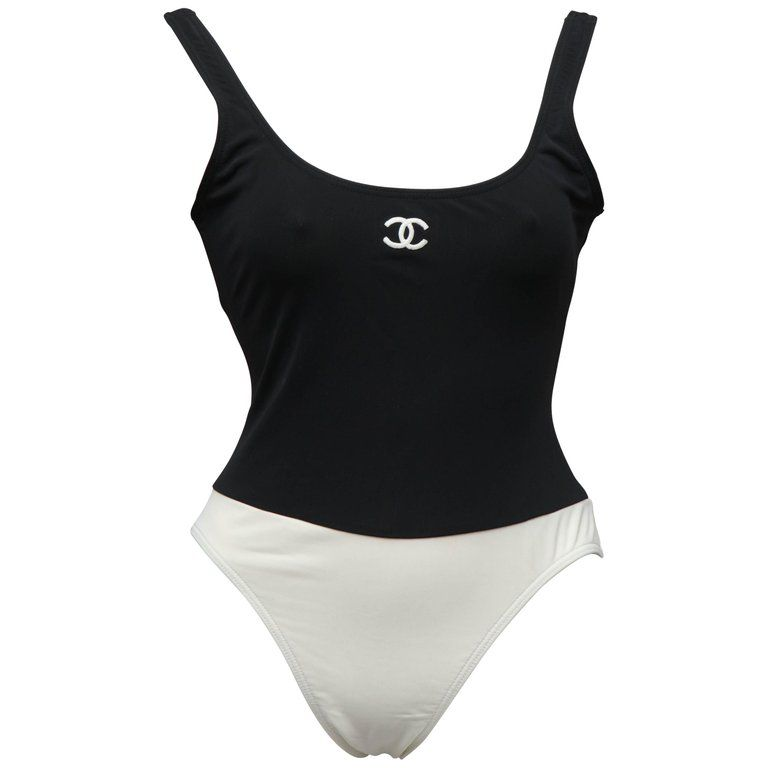 8e7d258b3f Chanel - 1990 s Black   white one-piece swimsuit with CC logo ( 2