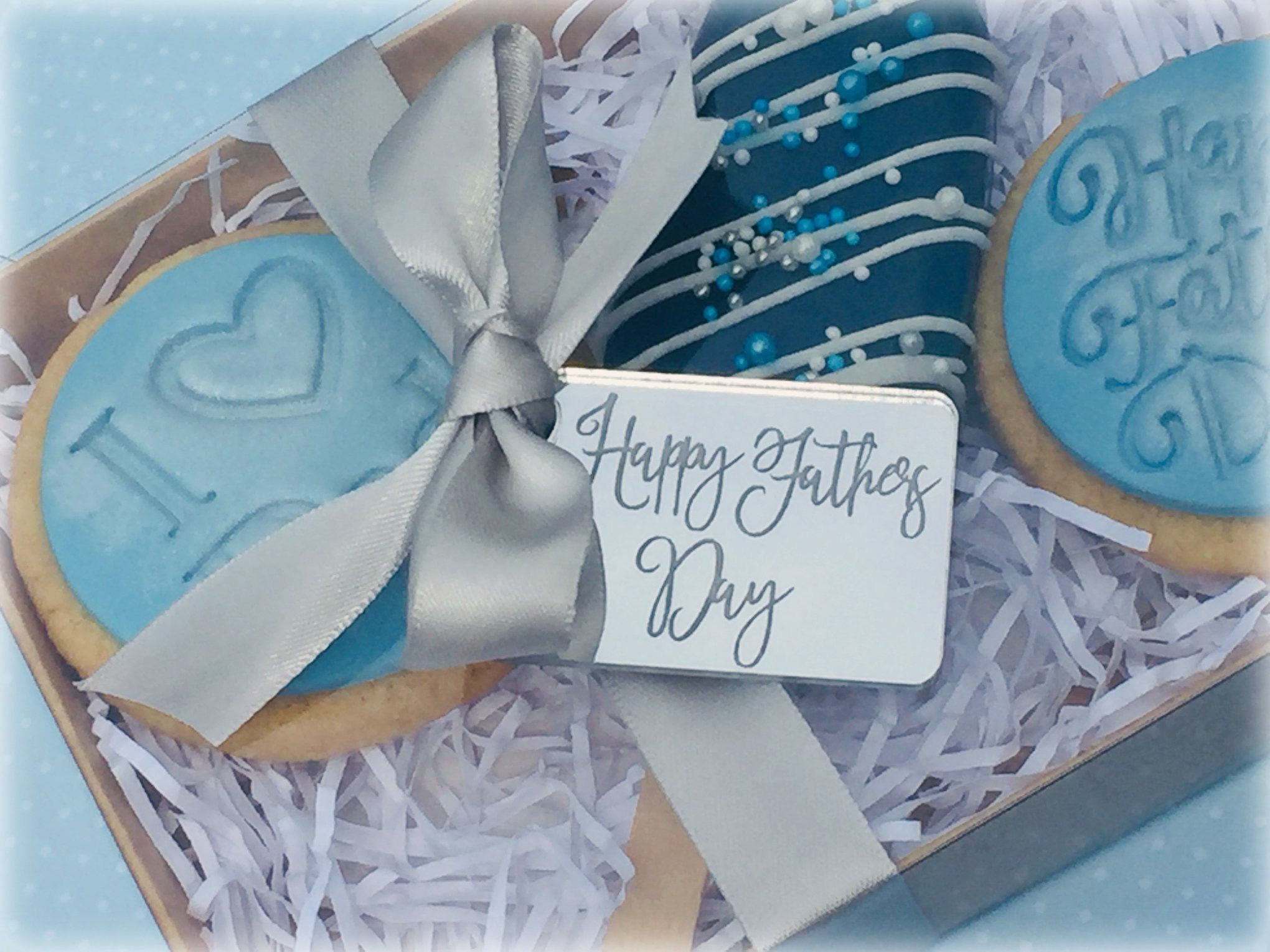 Fathers day biscuit cakesicle in 2020 treat boxes