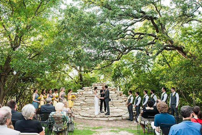 6 Austin Wedding Venues Where Byo Is A Ok Outside Caterer Allowed Outdoor Wedding Venues Austin Wedding Austin Wedding Venues