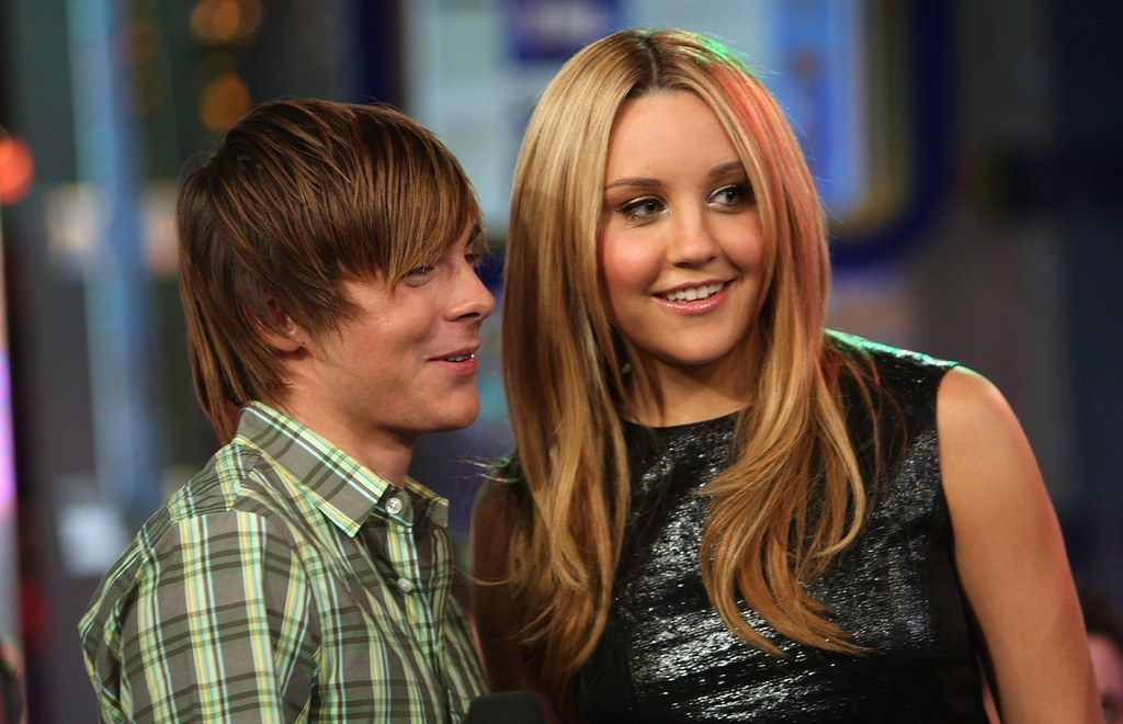 You Wouldn T Catch Zac Hanging Out With Amanda Bynes Amanda