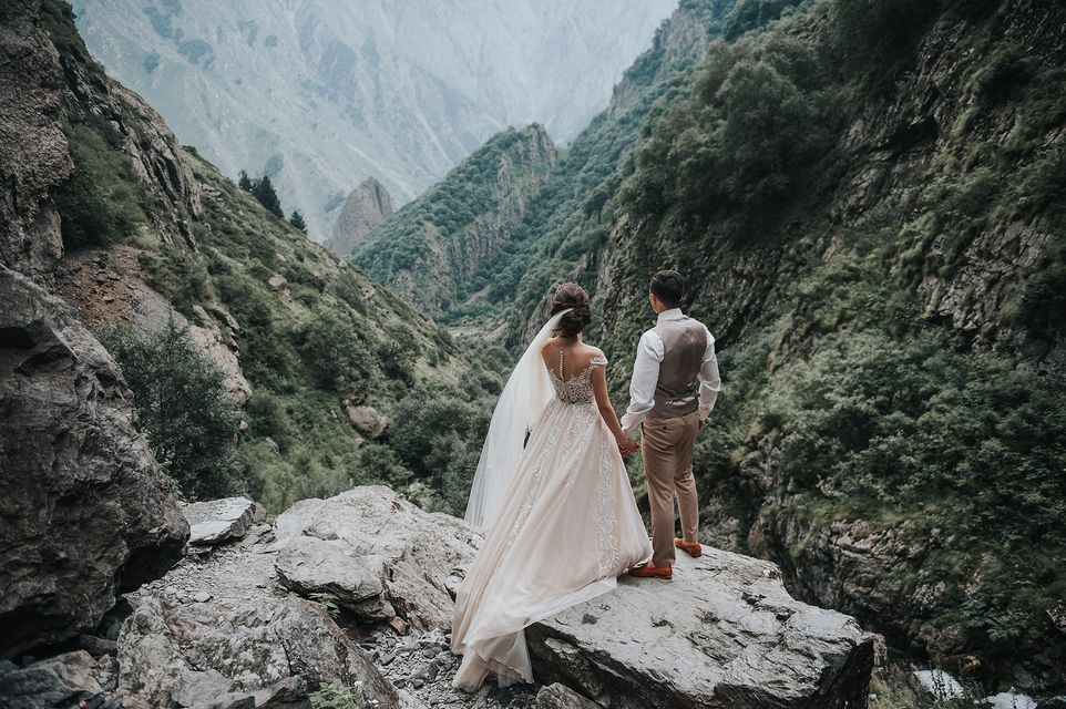 свадебные фотосессии в грузии которые популярной форме