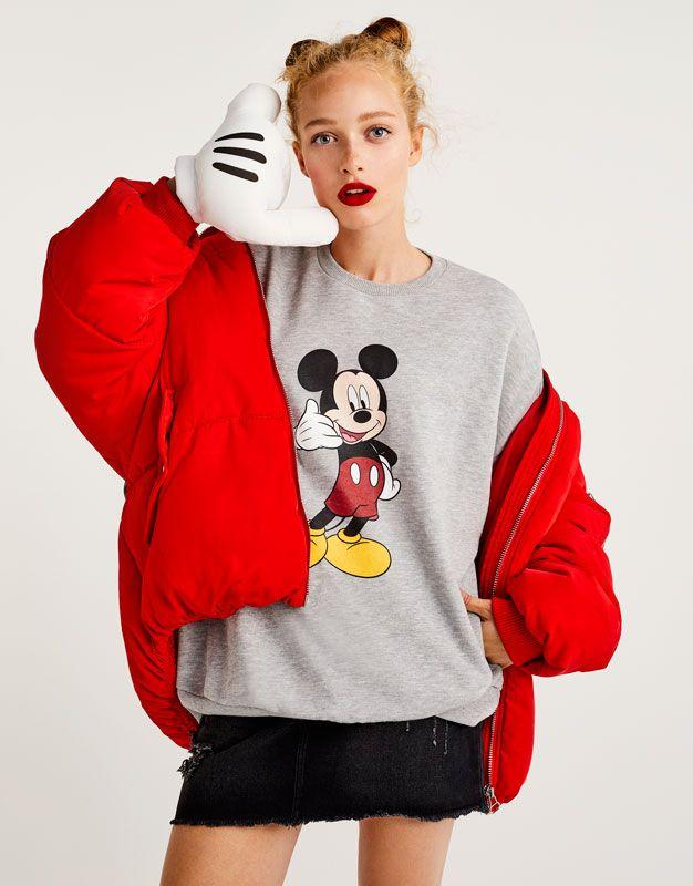 a536b760 Sudadera Mickey Mouse - Sudaderas - Ropa - Mujer - PULL&BEAR España ...