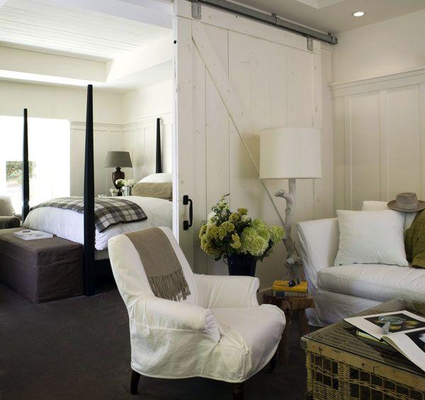 Beautiful Bedroom Sitting Areas: Bedroom // Seating Area // Home Decor // Interior Design