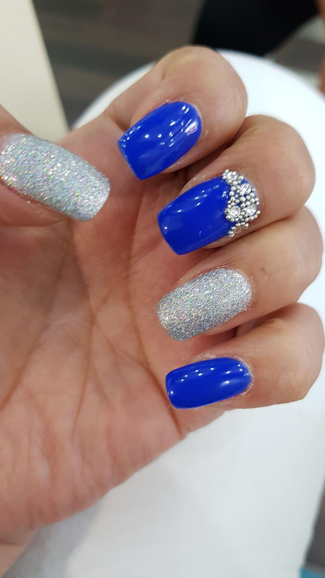 Uñas Azul Rey Con Plata Genial Pinterest