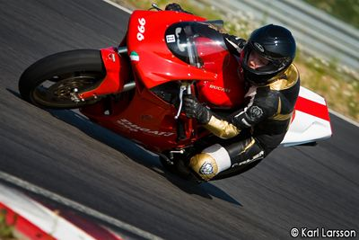 Ducati Girl Roadracing www.alienmoto.se