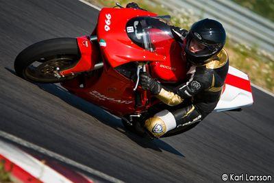 Ducati Girl Roadracing www.alienmoto.se
