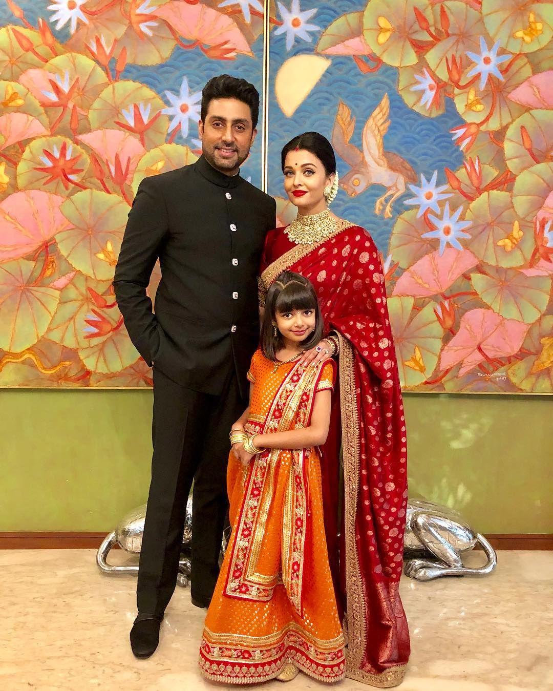Pin By Bre L On Aishwarya Rai Saree Look Bollywood Fashion Bollywood Wedding