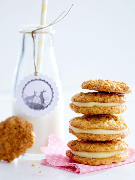 carrot cookies mit eierlik rcreme rezept ostergeb ck pinterest lecker kekse und ostern. Black Bedroom Furniture Sets. Home Design Ideas