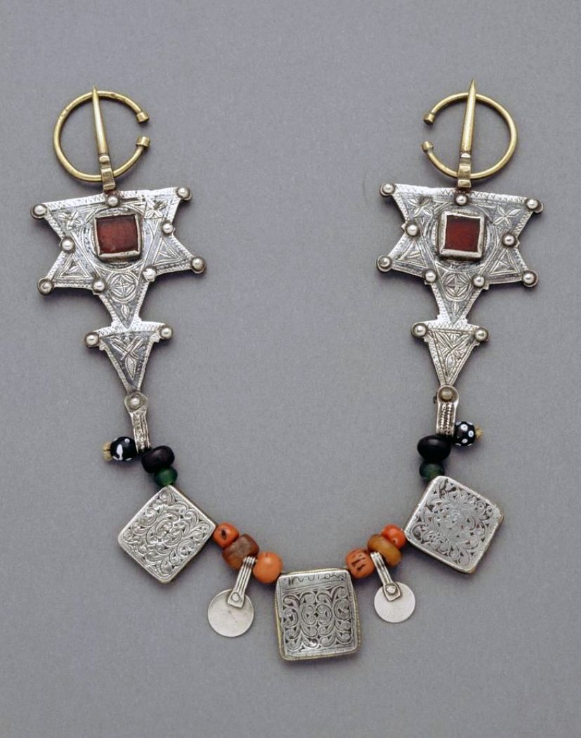 Morocco | Fibula; silver, amber, coral, glass, copper | African Museum (Belgium) Collection; acquired 1989