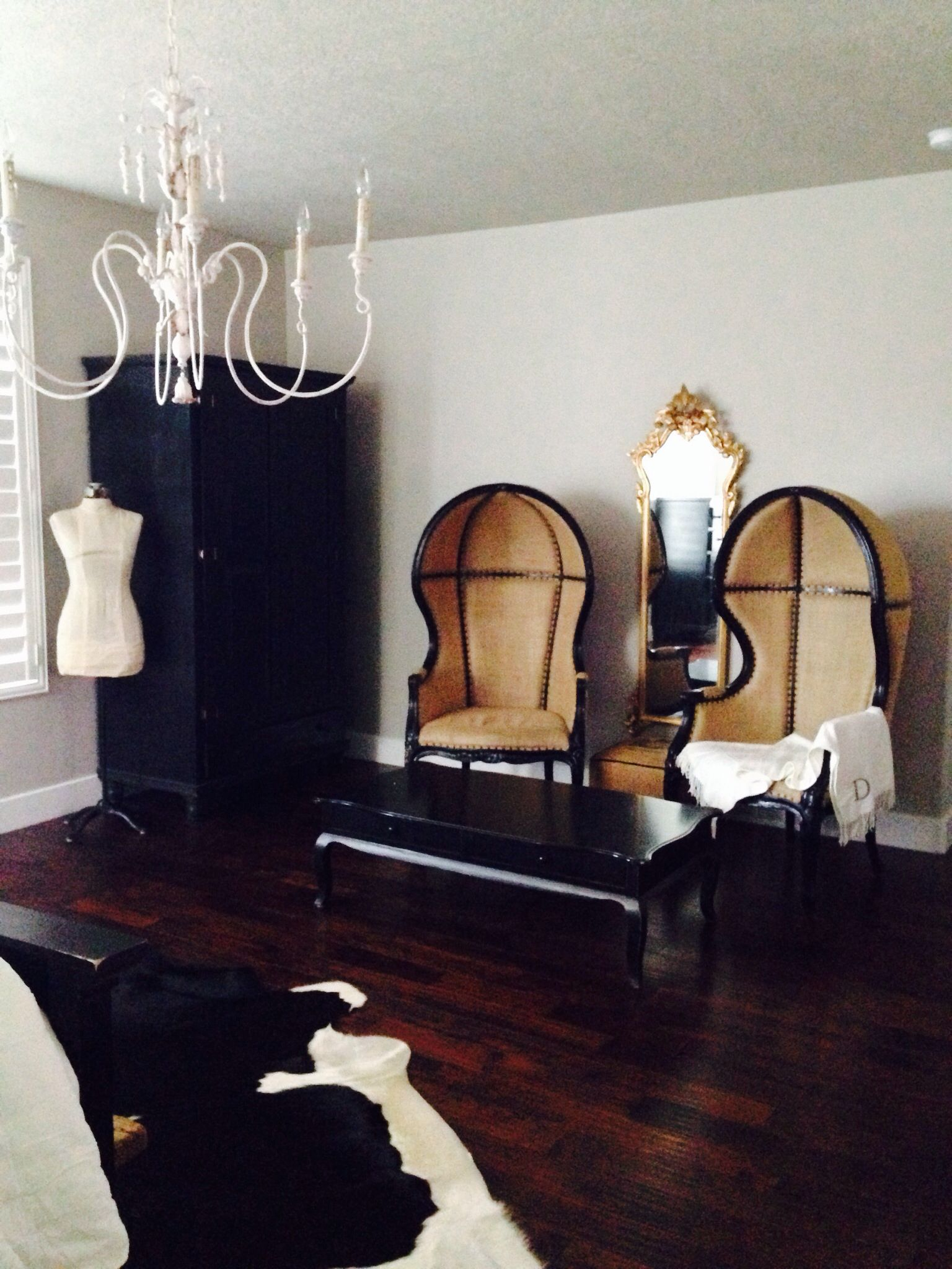 Bedroom Chair Pinterest Round Pub Style Table And Chairs I Absolutely Love Porter