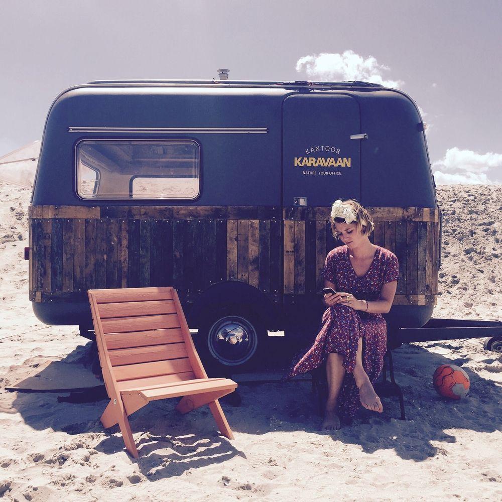 De Urban Campsite, een reizende camping waar kamperen en kunst samenkomen.