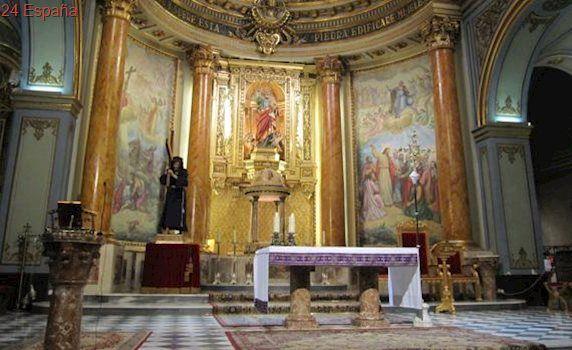 Una iglesia de Novelda cría lechuzas para acabar con los roedores
