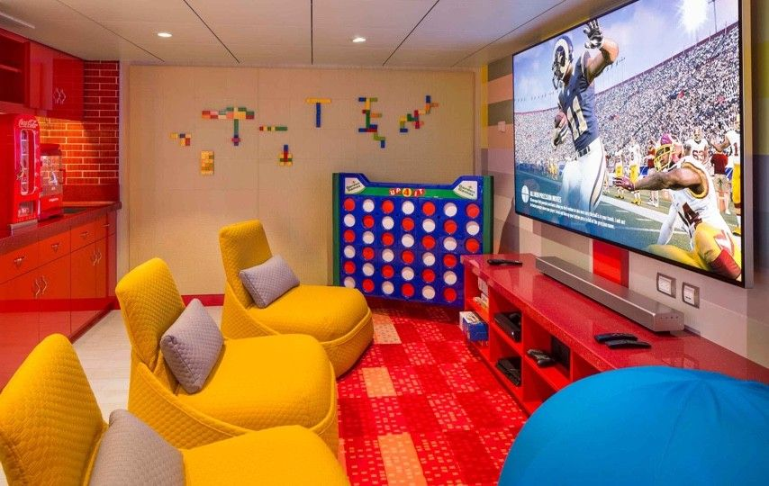 Ultimate Family Suite Game Room Symphony Of The Seas Luxury