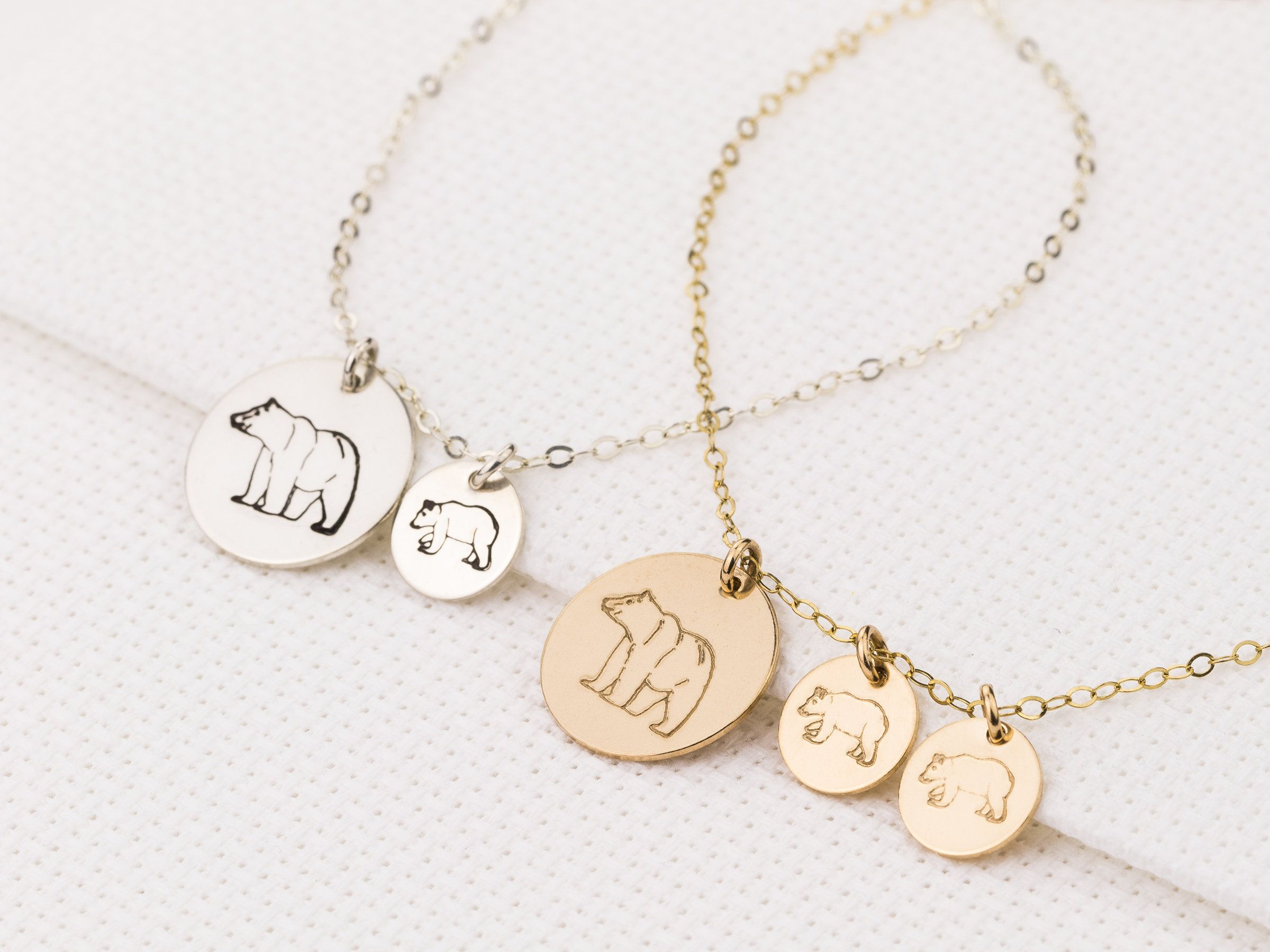 Silver Personalized Mother Child Necklace Rose Gold Mother/'s Day Gift New Mom Family Necklace in Gold Grandma Gift Mama Bear Necklace