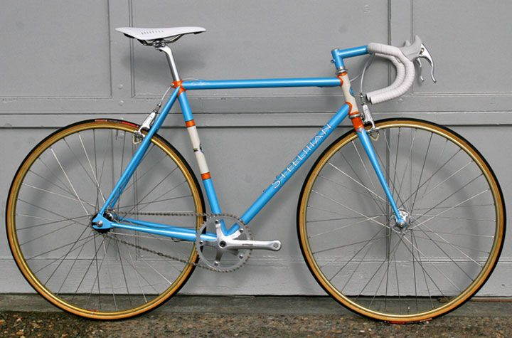 Why You Should Be Riding Steel And Not Carbon Retro Bike