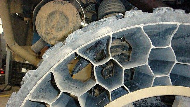 Polaris y sus ruedas sin aire