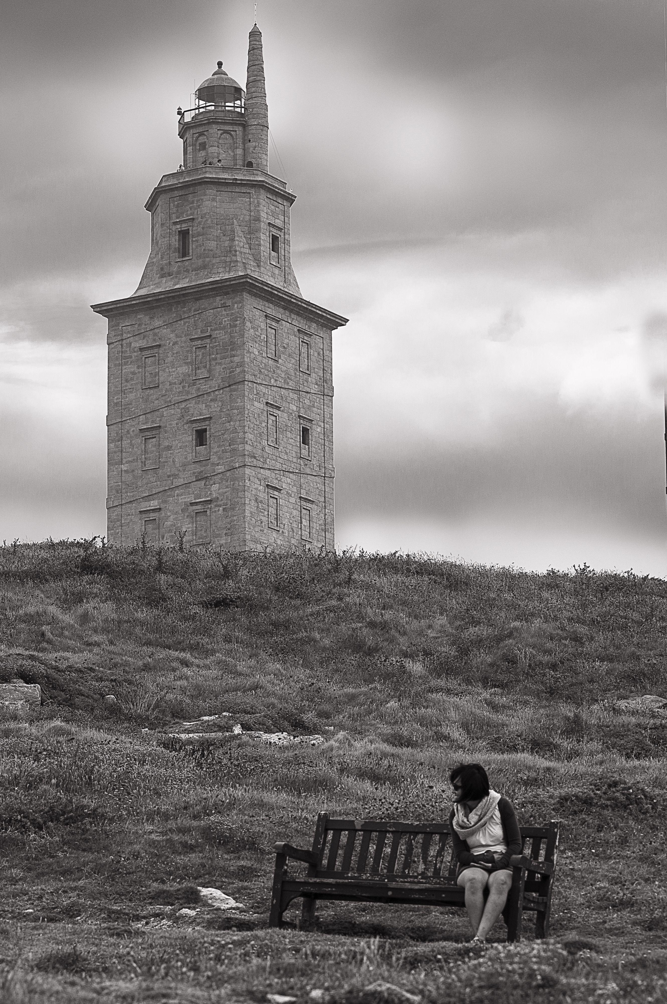 Torre de Hercules - Acoruña | En blanco y negro | Pinterest | Torre ...