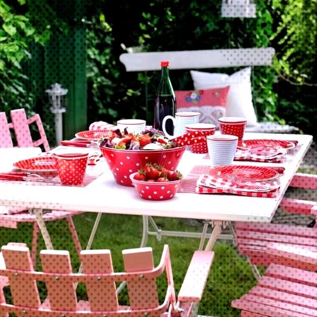 50 Canada Day Table Decorations, Centerpieces and Summer Party Ideas  50 Canada Day Table Decoratio