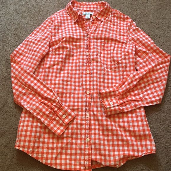 ORANGE PLAID BUTTON UP Lightweight plaid button up, perfect for layering over a cami for summer. Like new condition. BUNDLE to make a complete outfit & save 20%  Old Navy Tops Button Down Shirts
