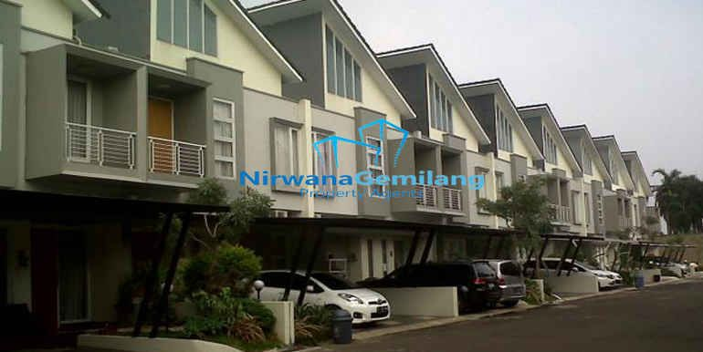 Cluster Di Bintaro Dekat Stasiun Rumah Minimalis 2 Lantai Terletak