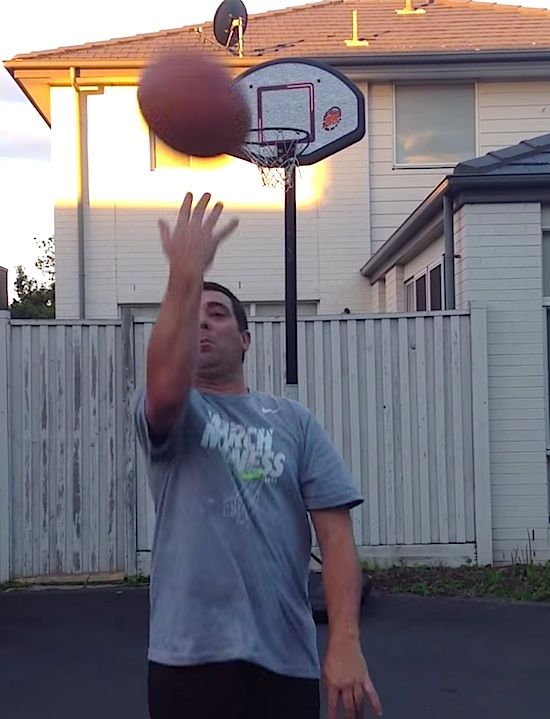 AUSSIE DAD MADE A BET WITH HIS DAUGHTER OF A MILLION DOLLAR WITH A TRICK SHOT!