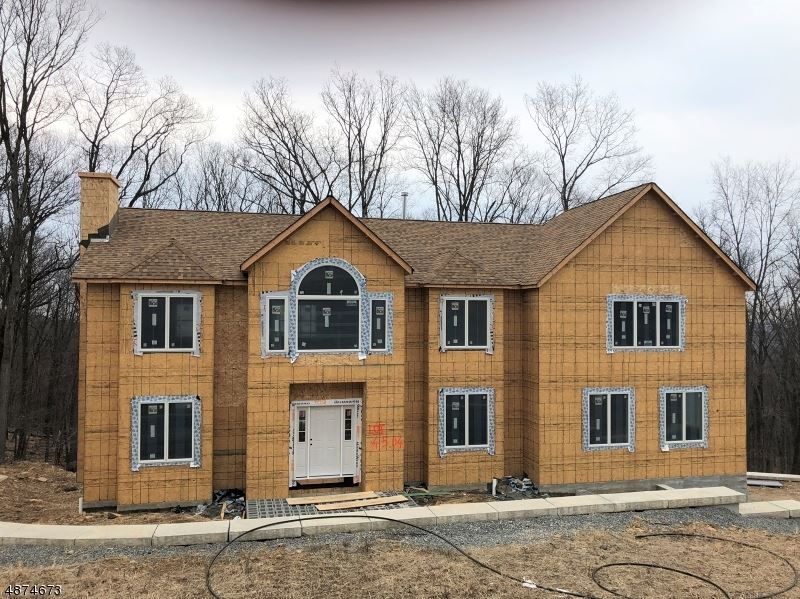 Here Is A Great House For Sale In 23 Beverly St Parsippany Troy Hills Township Nj 07950 Let Us Help You Find Your Next Next At Home Hud Homes Great House