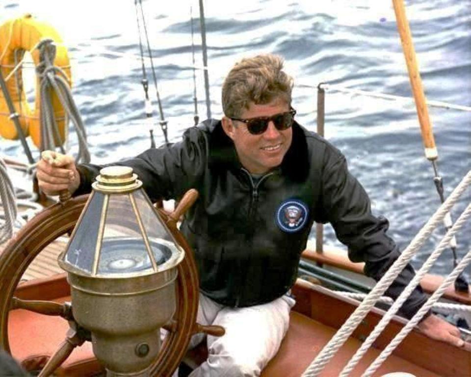 http://en.wikipedia.org/wiki/John_F._Kennedy | President John F ...