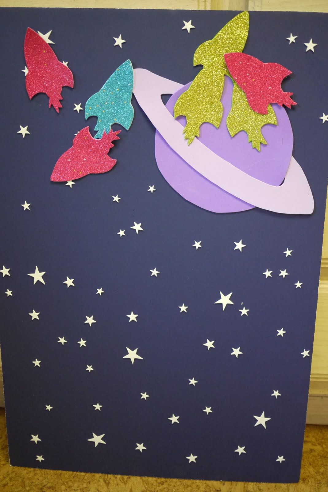 Outer space party pin the rocket on the planet themed for Decorations for outer space party