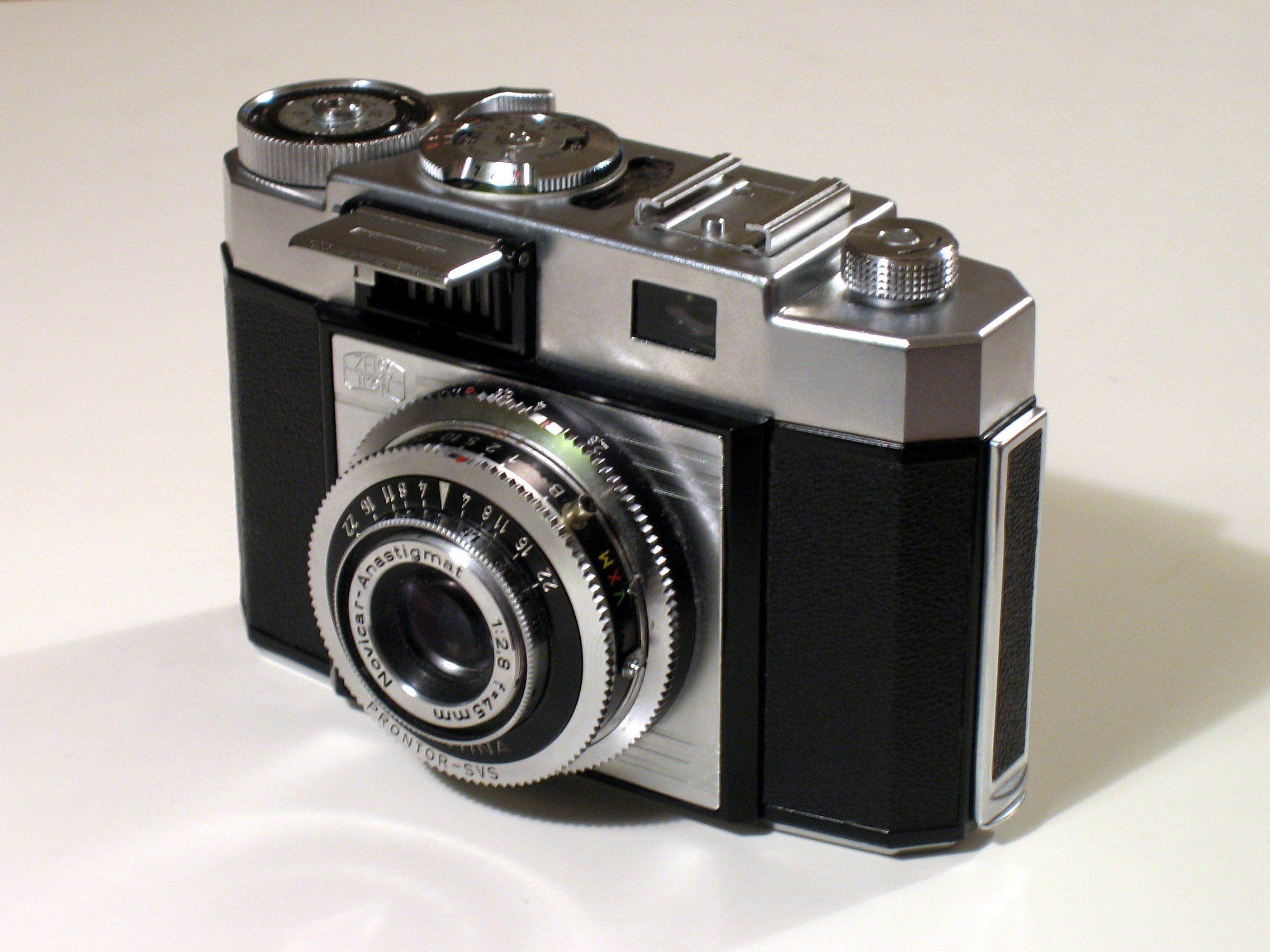 old cameras - Google Search | cammeras | Pinterest | Cameras ...