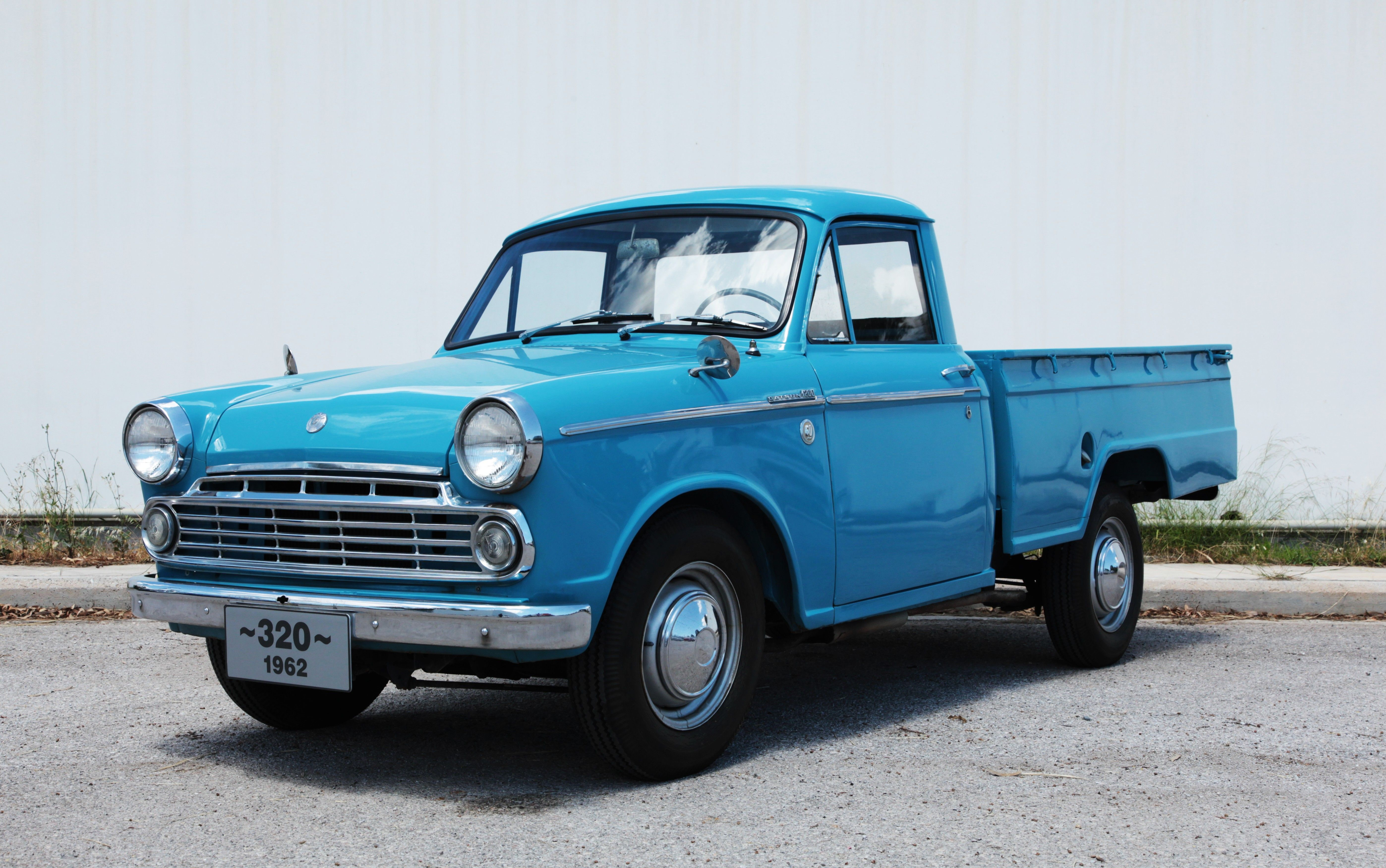 Datsun 320 Pick up. Introduced in 1962, it is one of the