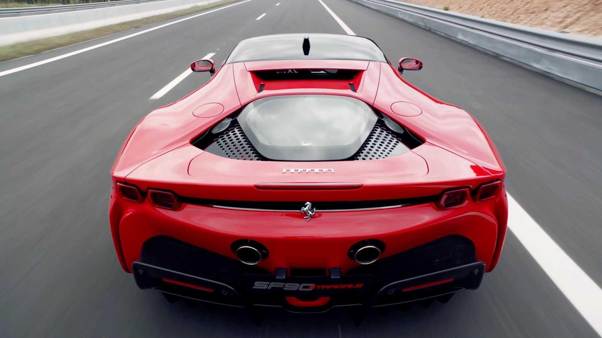Ferrari Retrasara La Produccion Del Modelo Electrico Para El 2025 Ferrari Superdeportivos Vehiculo Electrico