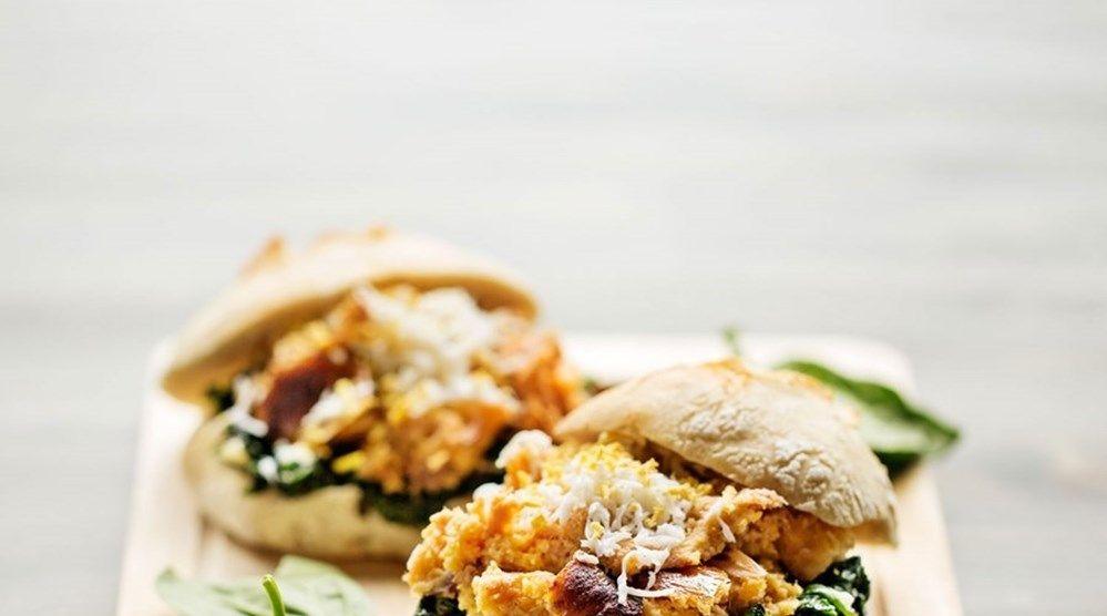 Alheira, espinafres e ovo - Leve esta sanduíche para o jardim - GPS - Sábado