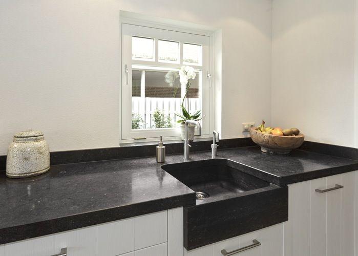 keuken  hardstenen vensterbank  thuis  Kitchen Cabinets