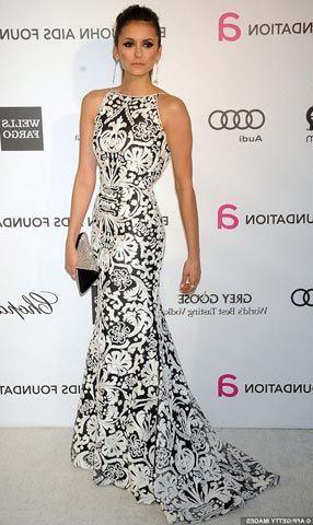 51a54655a0 Vestido longo estampado para convidadas. vestidos longos branco e preto  Festa ...