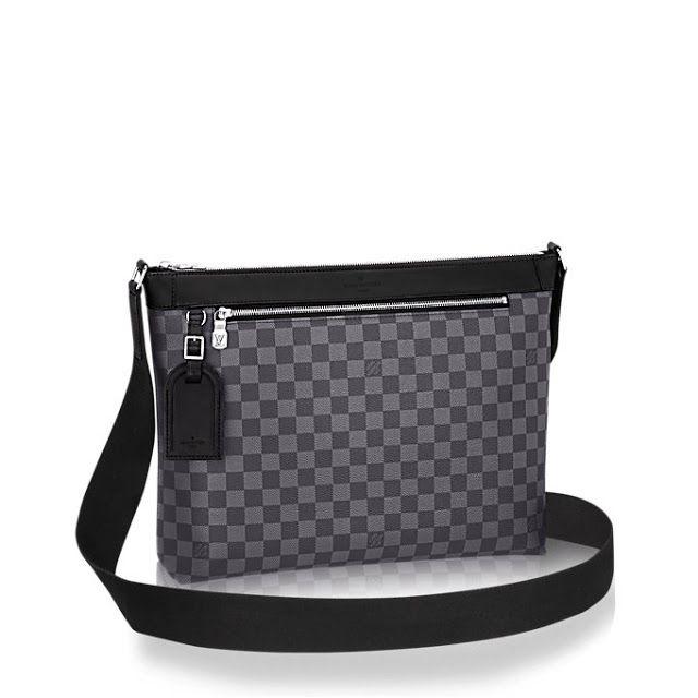 Onwijs Louis Vuitton Men's Cross Body Bag in Damier Canvas Mick MM | Need AD-11