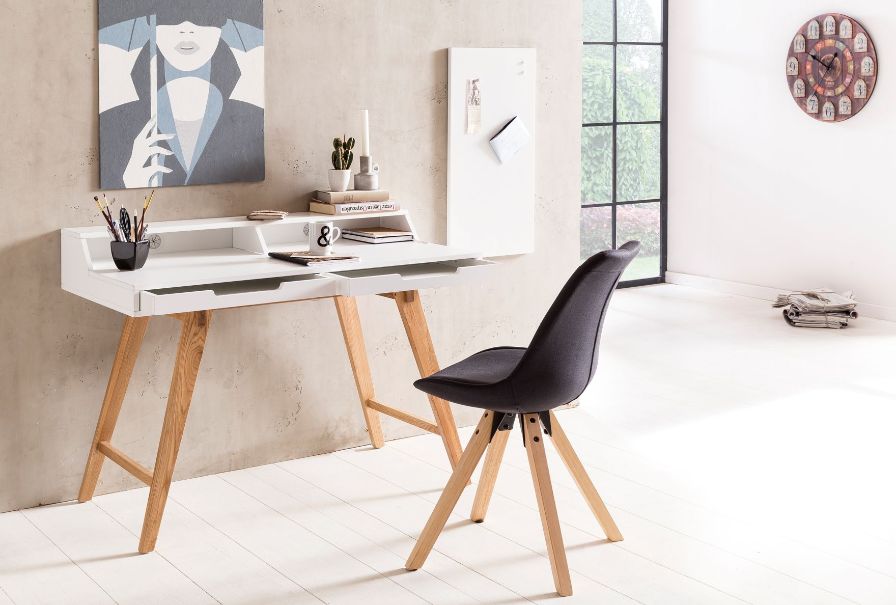 An Diesem Schreibtisch Im Skandinavischen Retro Look Arbeitet Man