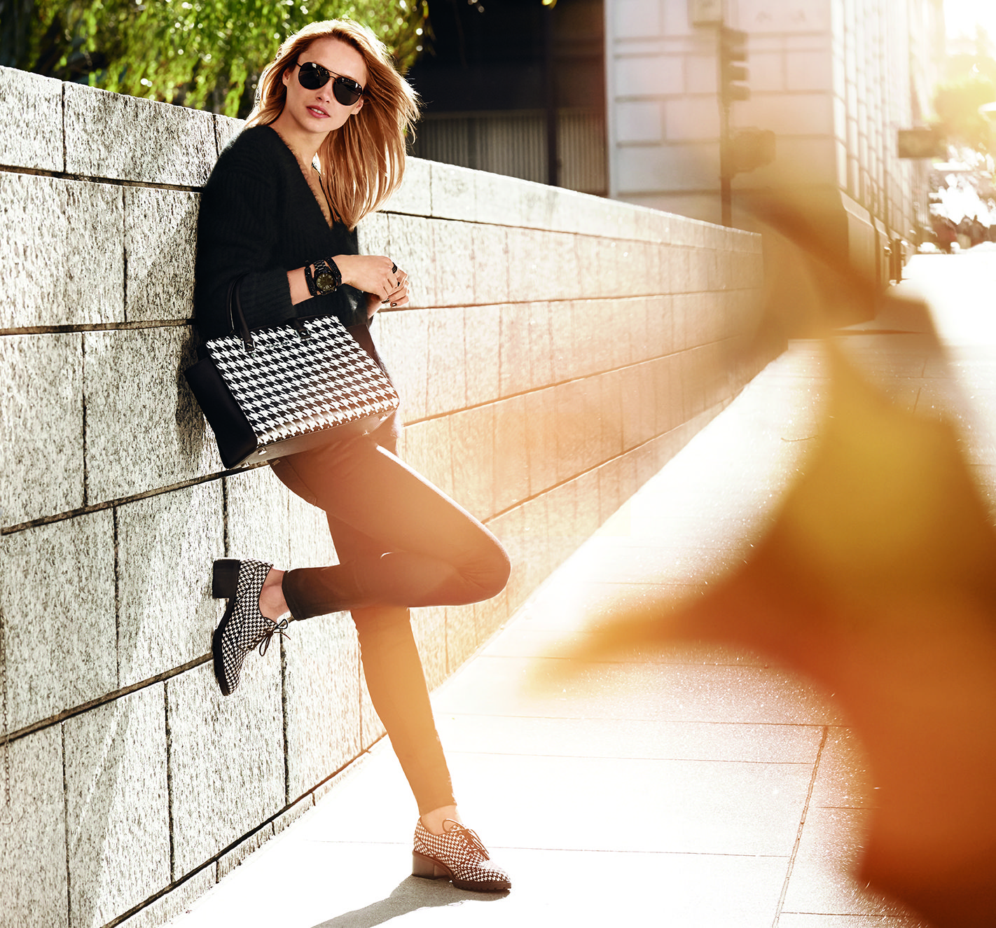 In High Definition Houndstooth Classic Black And White Feels Fresh For Fall Xxmk Styletip
