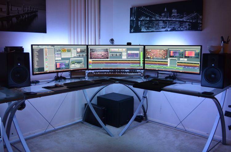 Gaming Desks Gaming Pinterest Monitor Gaming Setup
