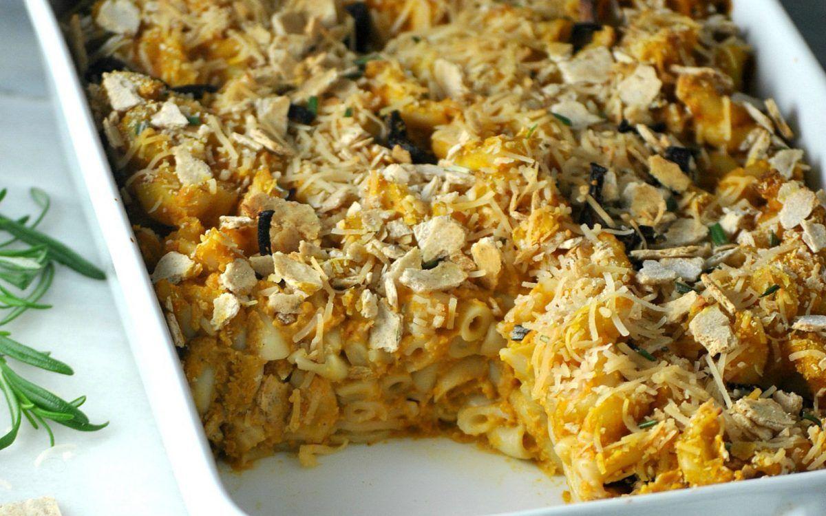 Butternut Squash Mac And Cheese Casserole Vegan One Green Planetone Green Planet Butternut Squash Mac And Cheese Mac And Cheese Casserole Butternut