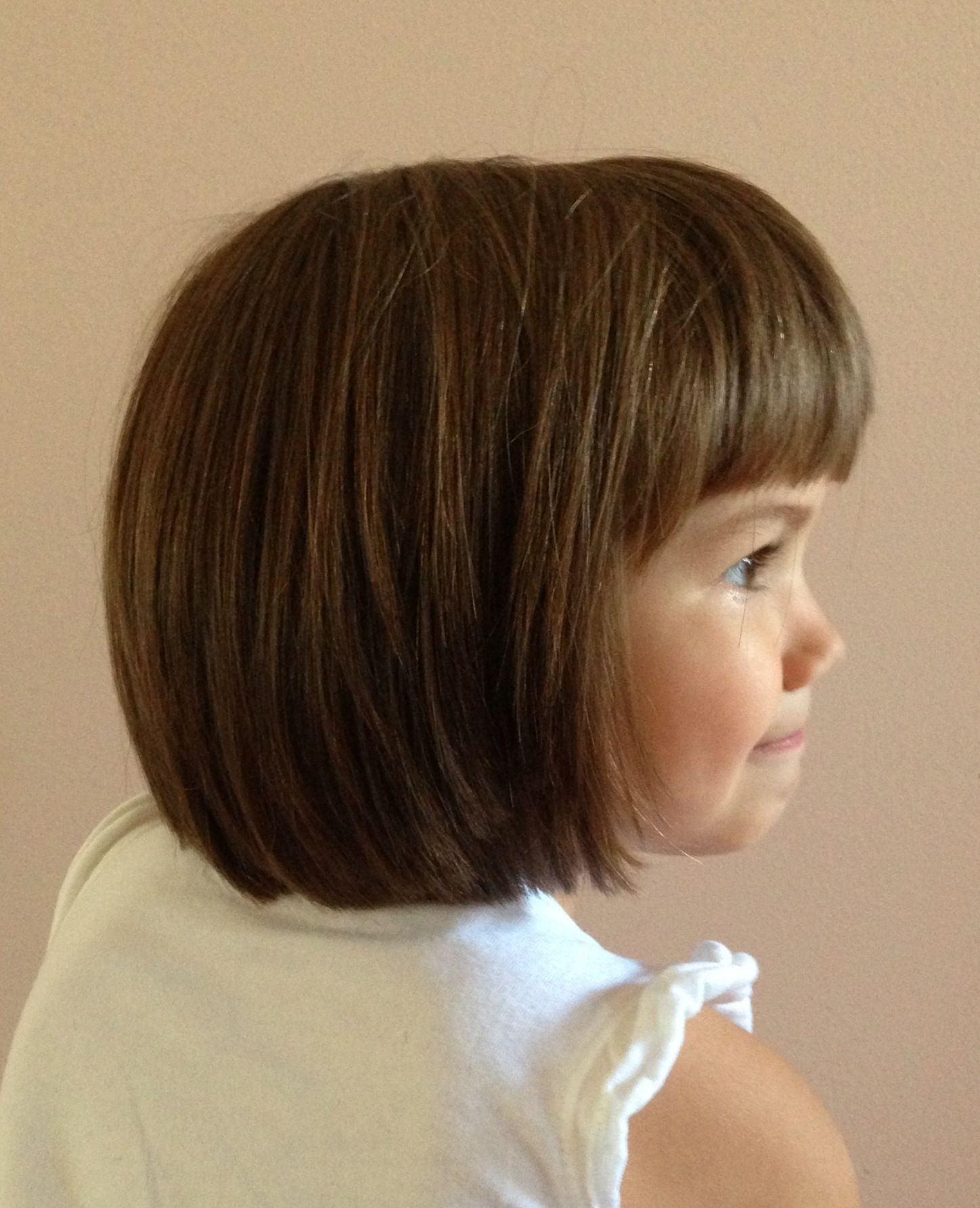 Cute Short Bob Haircut With Blunt Bangs On This Little Girl Little Girl Bob Haircut Bob Haircut For Girls Little Girl Haircuts