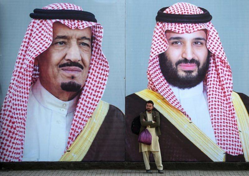 صور الملك سلمان وولي العهد محمد حفظهم الله في شوارع باكستان بمناسبة زيارة ولي العهد Prince Saudi Arabia The Heirs