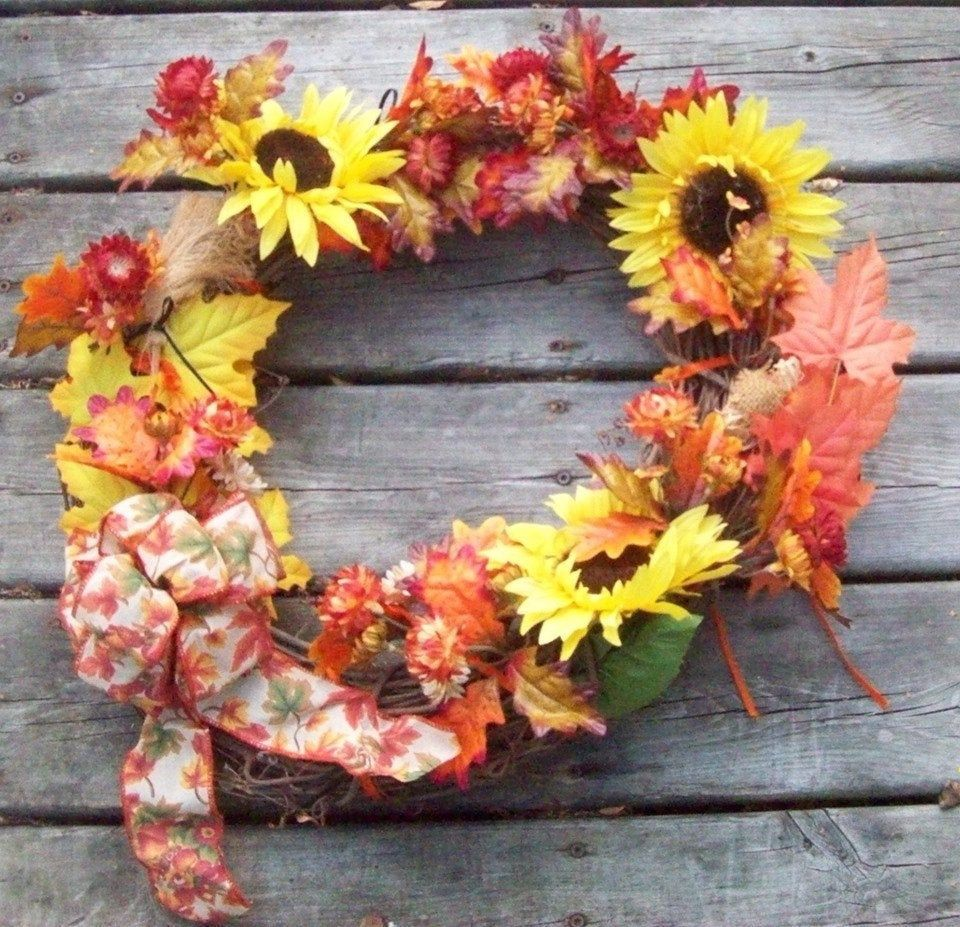 Autumn GRAPEVINE Wreath / Sunflowers / Strawflowers / Mums Ribbon and More!