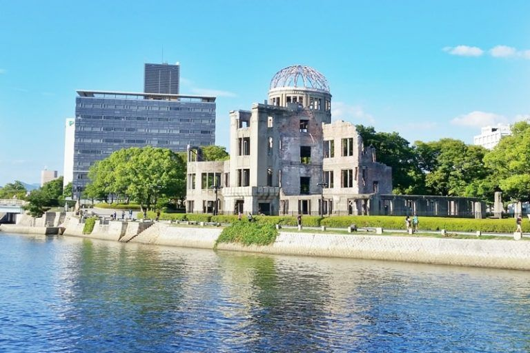 Can you visit Hiroshima Peace Memorial Park without a tour? ? KNOW before you go :: Backpacking Japan   Flashpacking Japan   Hiroshima peace ...