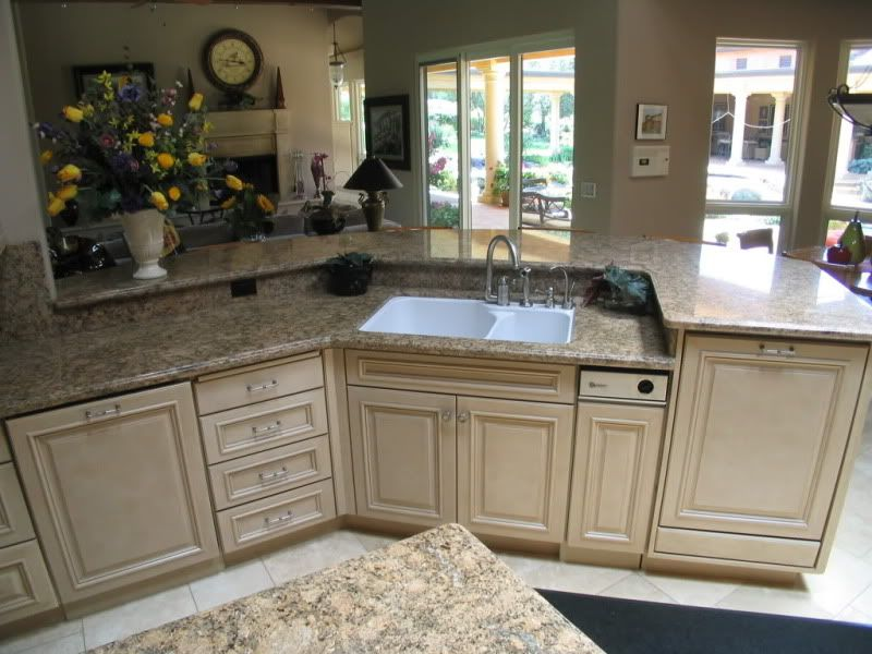 Kitchen island with raised dishwasher prep sink - Kitchen island with cooktop and prep sink ...