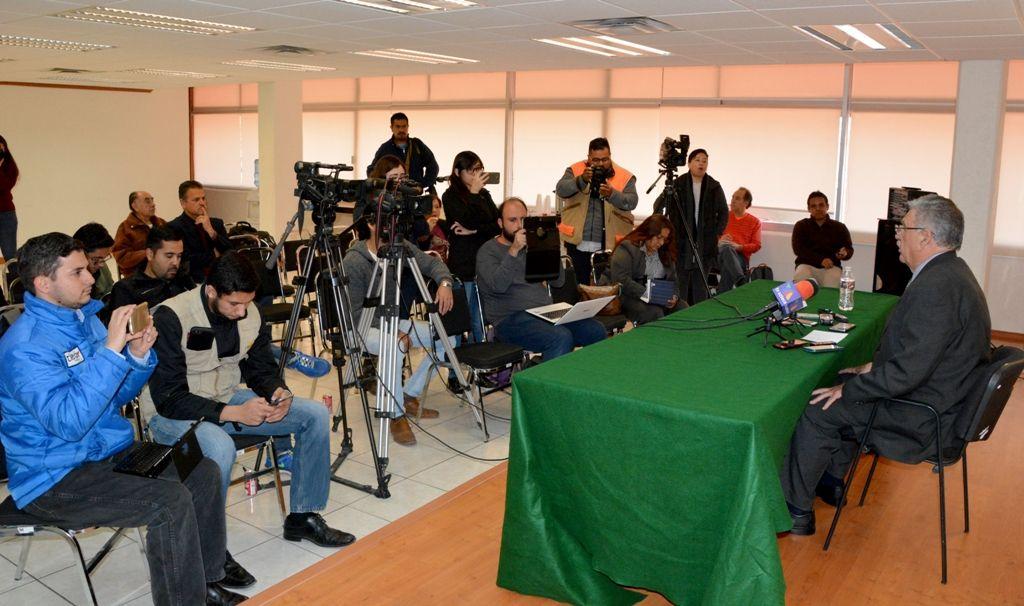 Continúa su curso denuncia de hechos por presunto desvío de recursos en contra de quien o quienes resulten responsables.  ·El monto de tres millones de pesos reclamado es por pago de bono a maestros jubilados.  #GobiernoTransversal #GobiernodeChihuahua #Chihuahuamx #Cuu